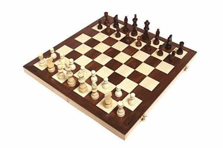 """Chess Armory 15"""" Wooden Chess Set Review"""