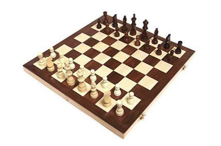 "Chess Armory 15"" Wooden Chess Set Review"