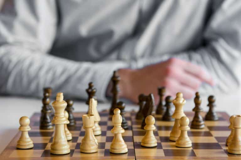 How to Set up a Chess Board?
