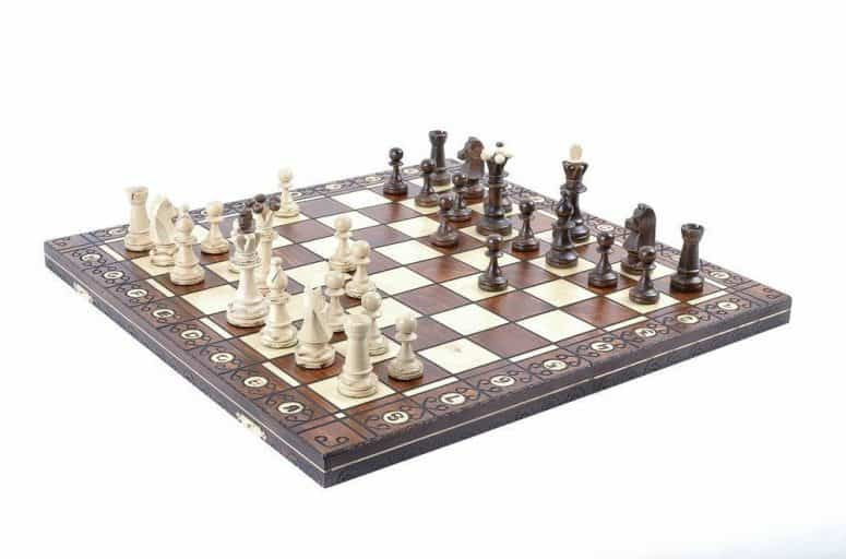 Wegiel Chess Set - Consul Chess Pieces and Board Review