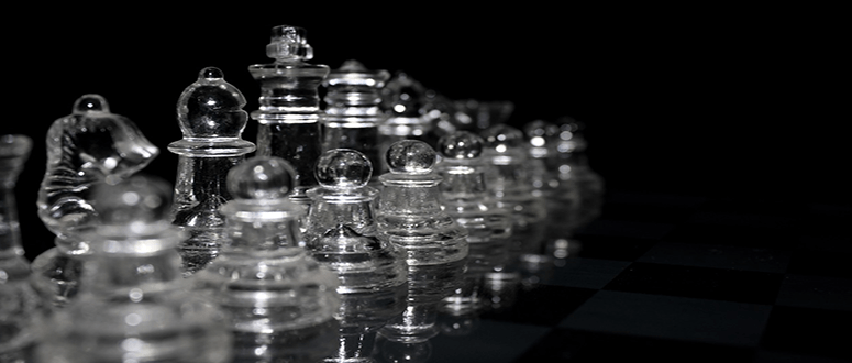glass-chess-sets