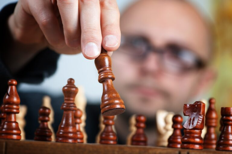Can Grandmasters Really See That Many Moves Ahead?
